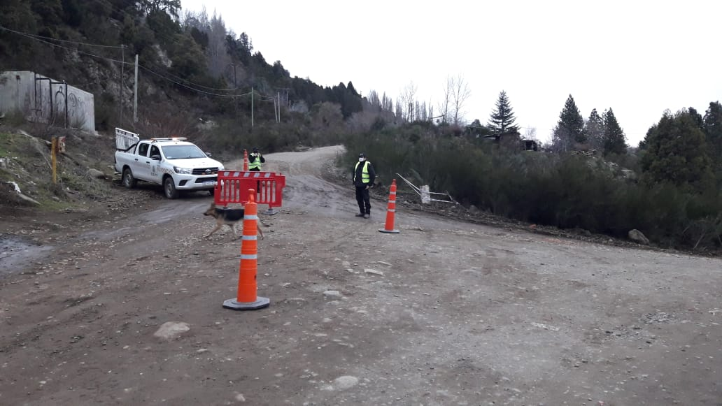 Se colocaron puestos de control en el acceso a Chapelco