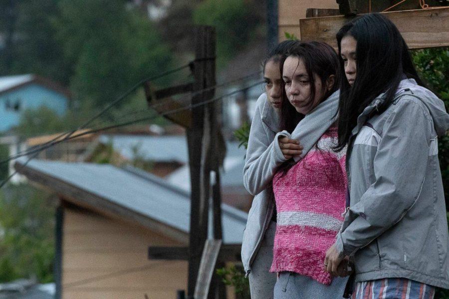 Patricia junto a sus hijas - Foto: Federico Soto