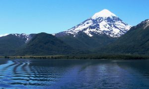 El Parque Nacional Lanín habilita el pernocte en el Volcan Lanín