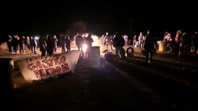 Semana Santa: autoconvocados de Salud cortan la Ruta 22 en Arroyito y la 40 en Junín