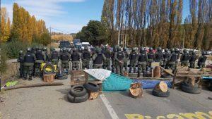 Sigue la tensión en los cortes: intervino Gendarmería con un cordón