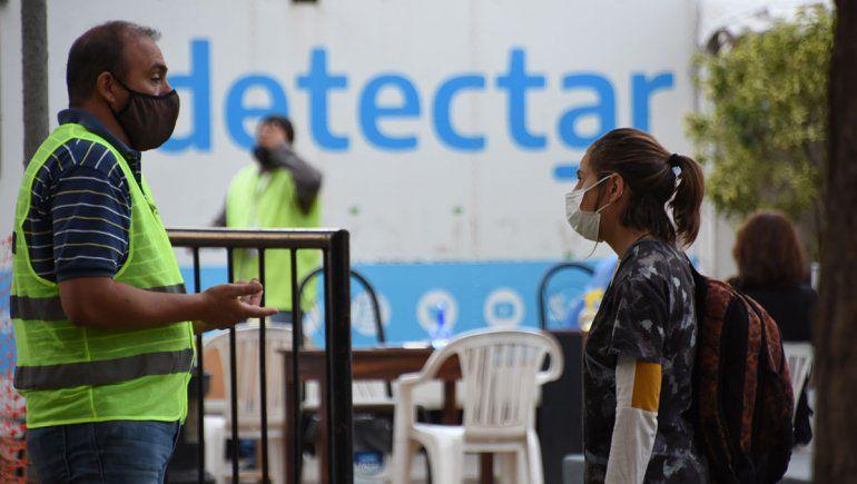 Provincia de Neuquén: Casi la mitad de los contagios se dan entre los 20 y 39 años